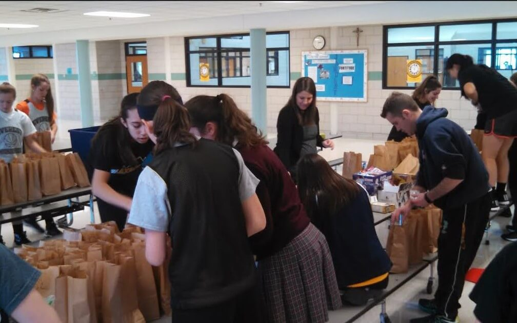 Thanks to the EC varsity girls' basketball team for making lunches for the intrepid travelers.