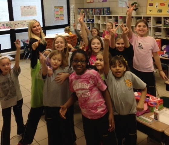 Every class received pizza as a prize for meeting our Everest Annual Fund parent participation goal. Mrs. DePorre's 3rd grade class LOVED Friday's all school pizza party.