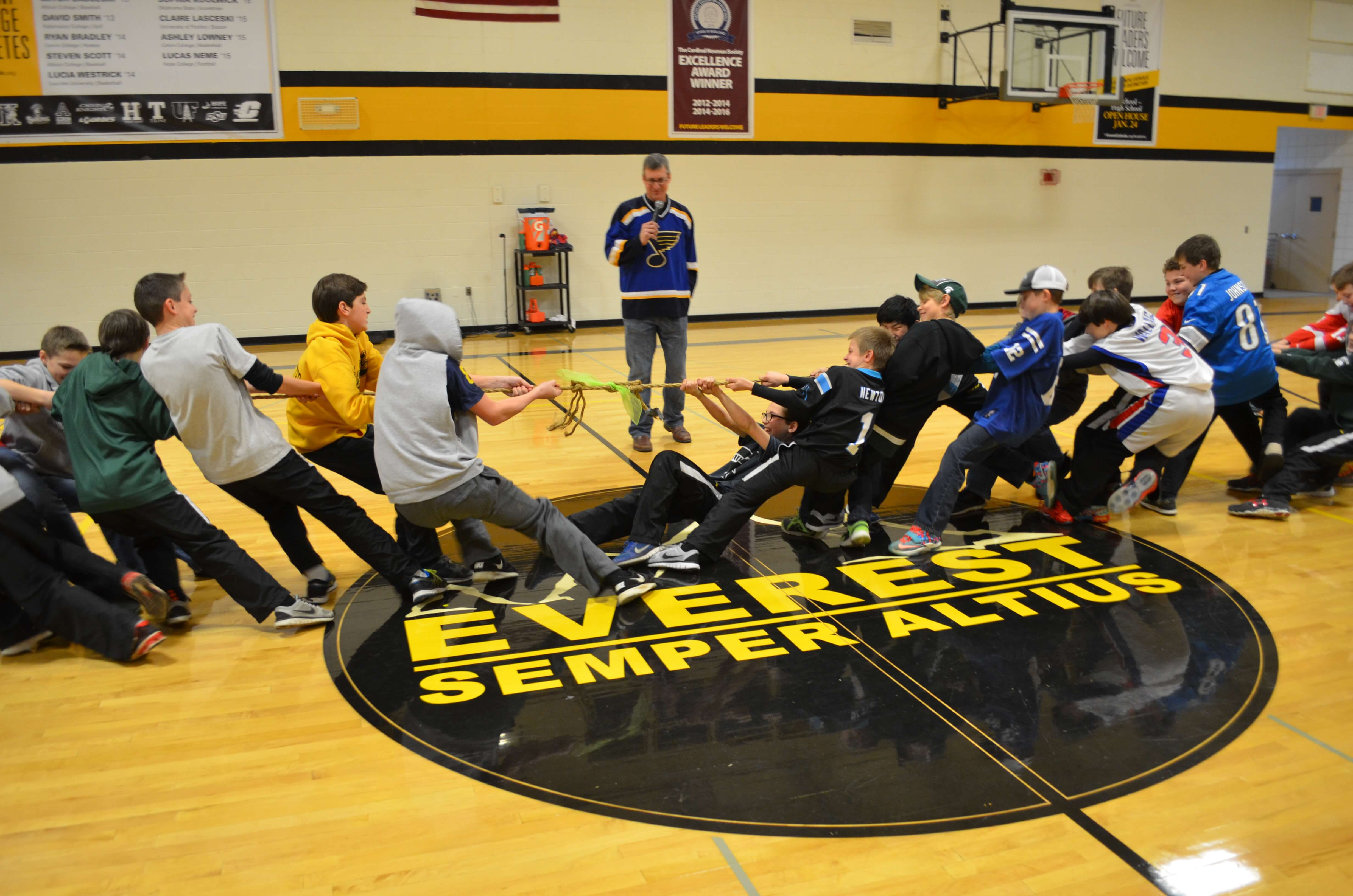 CSW_MS BOYS TUG OF WAR(020216)
