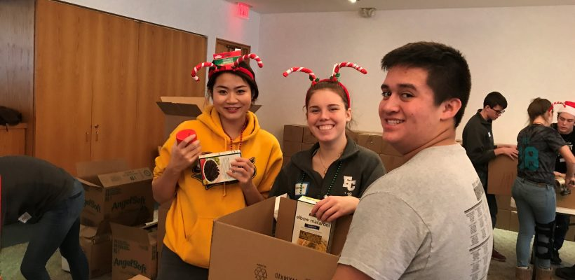EC Student Government Volunteers for Ladies of Charity Christmas Project