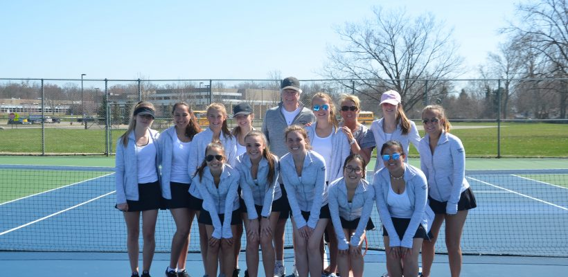 EC Varsity Tennis Finishes Strong Season