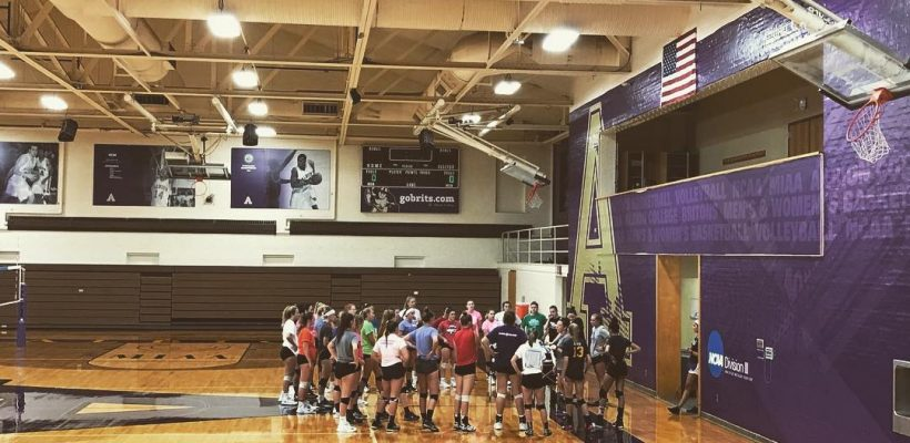 EC Volleyball Visits Albion